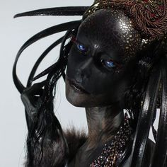 Art Dolls - Virginie Ropars Image could contain: 1 person Roofing Basics Article Body: Roofing is so Maquillage Halloween, Halloween Makeup, Dark Fantasy Art, Dark Art, Character Inspiration, Character Art, Fashion Inspiration, Illustration Fantasy, Arte Horror