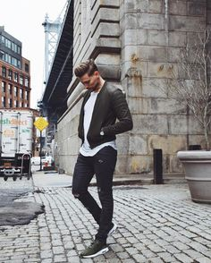 Likes, 56 Comments - Travis Leather Jeans Men, Leather Jacket Outfits, Leather Jackets, Urban Street Style, Empty, Whiskey, Men's Fashion, Dads, Men Casual