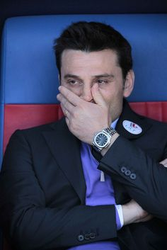 Vincenzo Montella looks dismayed by Fiorentina's display against Cagliari by ViolaChannel, via Flickr