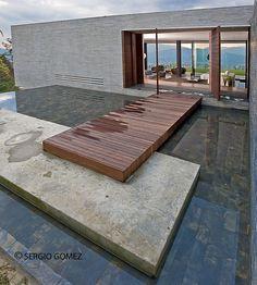 RV House by Alejandro Restrepo Montoya http://www.homeadore.com/2013/10/03/rv-house-alejandro-restrepo-montoya/
