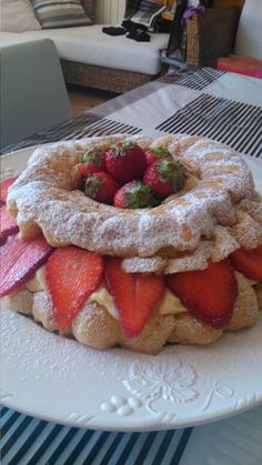 Paris Brest crema e fragole