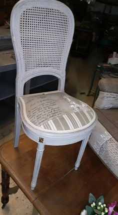 Chair painted by Eric Samnick