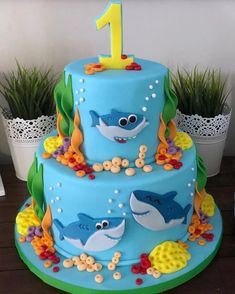 Parents, have you heard of baby shark? 😂 Alexander's baby shark themed birthday party 🎶 🦈 I'll just be here singing to myself now. Shark Birthday Cakes, Boys First Birthday Party Ideas, 1st Birthday Decorations, Birthday Themes For Boys, Baby Boy First Birthday, First Birthday Cakes, Boy Birthday Parties, 2nd Birthday, Baby Hai