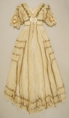 Dress, Evening by JACQUES DOUCET. 1905–7, French. Medium: silk. Length at CB: 152.4 cm.