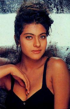 Kajol Bollywood Stars, Bollywood Bikini, Indian Bollywood, Bollywood Fashion, Bollywood Girls, Bollywood Actress Hot Photos, Beautiful Bollywood Actress, Most Beautiful Indian Actress, Actress Photos