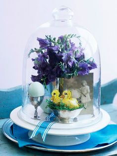 Glass-Encased Centerpiece, makes me wish I had a glass cloche!!
