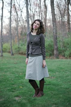 These girls really know how to nail the proportions of things. I think that is my weakness. - Outfit // Black, Brown, and Gratitude , fall fashion, preppy style, classy, modest fall fashion, modest fashion, modest fashion blogger