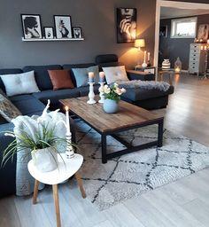God tirsdag💙Har ingen motivasjon for IG for tiden😔Håper det går fort over...😯Have a great day all followers💙#livingroom #myhome #details #cooee #color #grey#candles #flowers#homedecor #homestyling #interior123 #hellinterior1 #interior125 #interior4all #interior4you1 #eleganceroom #norway#boligpluss #instahome #hem_inspiration #interiorstyled#interior9508#interior4inspo#interuor_delux#ourluxuryhome#kava_interior #likesforlikes #interior2you