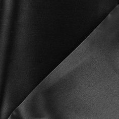 Tissu Crèpe satin gris cendre x 30 cm
