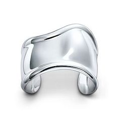 The Tiffany? Setting, the most famous ring in the world, and the ring that will always make me swoon. Boys, take note.