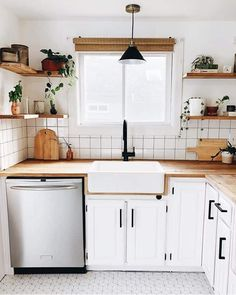 We're wrapping up this month's Kitchen project (except floors come next week) & I'm thrilled with how our vision turned out ✨ thanks to… Kitchen Redo, Home Decor Kitchen, Kitchen Interior, New Kitchen, Home Kitchens, Kitchen Remodel, Small Cottage Kitchen, Kitchen White, Small Kitchens