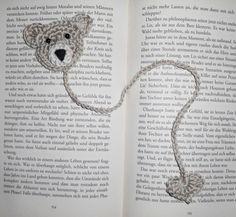 Teddy Bär Herz Buch Lesezeichen Applikation Anhänger gehäkelt Glücksbringer Crochet Bookmark Pattern, Crochet Bookmarks, Crochet Books, Crochet Gifts, My Bookmarks, Crochet Ladybug, Crochet Frog, Crochet Baby, Knit Crochet
