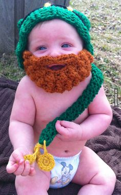 Happy St. Paddy's Day Everyone! This is the cutest St. Paddy's Day costume I've ever seen