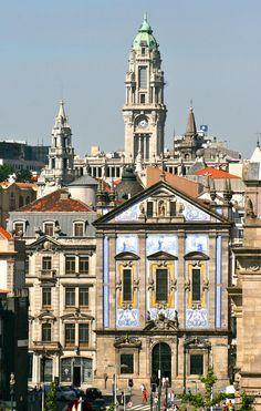 Saint Anthony's Church Congregados, Câmara Municipal de Porto