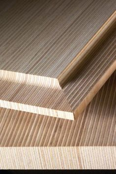 Plywood with upright laminate layers. KoskiBirchUp, courtesy of Koskinen Oy (FI) Diy Wooden Projects, Small Wood Projects, Wooden Diy, Wood Lumber, Cnc Wood, Plywood Design, Modern Industrial Furniture, Plywood Furniture, Cabinet Furniture
