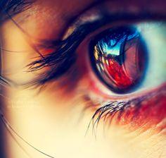 Eye, reflective, polychromatic, hazy, directional, lashes, interesting.