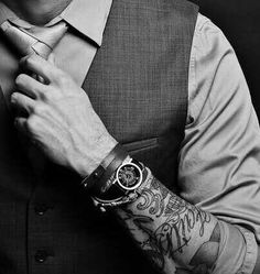 Now I need forearm tattoos so I can pull this look off. Definitely. How cool would I look as an English teacher like this??