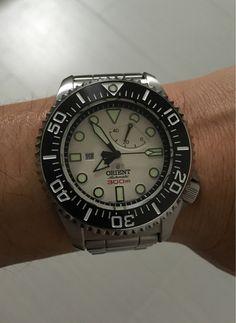 The Orient 300M Saturation Diver - orientwatchusa.com/el02003w