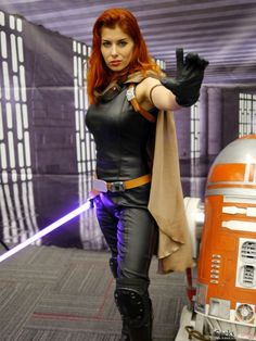 Mara Jade - Queen Azshara Cosplay - Montreal Comiccon 2015 - Photo by Geeks are Sexy