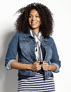 Our denim jacket takes you anywhere in an ultra-versatile medium wash with the classic details and curve-flattering fit you love. Buttoned cuffs can be worn long or rolled, with flapped chest pockets and a button-front closure.   <br /> <br />Make your getaway with the Escape Collection, resort wear made for your jet-setting lifestyle. Pack your bag with these travel-friendly, easy-wearing pieces you will love at home or away.<br />