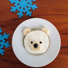 polar bear sandwich Polar Bear Food, Polar Bear Party, Lunch Menu, Toddler Meals, Good Food, Fun Food, Sandwiches, Kids Rugs, Desserts