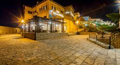 Hotel Kulla e Balshajve Ulcinj Located in Ulcinj's Old Town, Hotel Kulla e Balshajve offers air-conditioned apartments with views of the sea. Wi-Fi is free and rooms are equipped with LCD TVs. The property is 40 metres from a beach and 70 metres from a grocery shop.