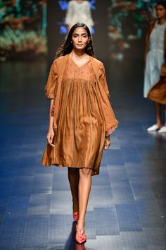 Kanelle at Lakmé Fashion Week summer/resort 2019 Vogue India, Lakme Fashion Week, Casual Tops, Indian, Hand Making, Chic, Summer, How To Wear, Collection