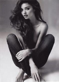 Kinsey V Boudoir | Austin, Texas Boudoir Photographer | Inspo | www.kinseyvphotography.com #boudoir #austin