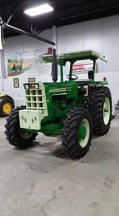OLIVER 1655 FWD