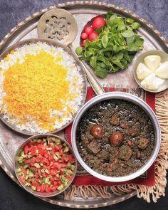 iranian food * iranian women fashion - iranian art - iran - iranian girl - iranian food - iranian cuisine - iranian new year - iranian beauty Iranian Dishes, Iranian Cuisine, Food Platters, Food Dishes, Iran Food, Egyptian Food, Arabic Food, Arabic Dessert, Arabic Sweets