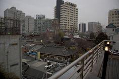 https://flic.kr/p/qLnnxk | 옛날과 지금 : Old and now | 서울 한복판에서는 여전히 과거와 현재가 공존한다.