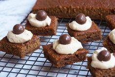 """I feel a bit guilty about this recipe because it's so good and I've been """"sitting"""" on it for so long. I haven't been keeping it to myself deliberately, because this re… My Recipes, Sweet Recipes, Baking Recipes, Cookie Recipes, Dessert Recipes, Favorite Recipes, Brownie Recipes, Recipies, Yummy Treats"""