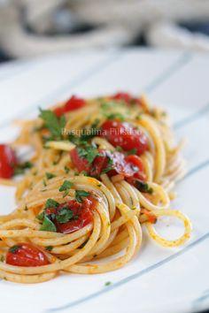 """Pasqualina in cucina: Gli spaghetti alle vongole """"fujute"""""""