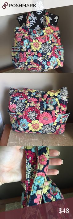 Vera Bradley purse shoulder bag diaper bag large Vera Bradley large purse. Shoulder bag style. Could be used for a small diaper bag. Good preowned condition, just needs to be cleaned up, has wear on the straps from normal wear. Functional zippers. Pockets inside. Multicolor floral design. Quilt style. Check out my other Vera Bradley items and bundle Vera Bradley Bags Shoulder Bags