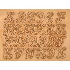 Mønstersjablon for overføring av mønster til lær. Viser også hvilke punsler som benyttes. 38mm bokstaver.
