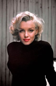 Marilyn Monroe at Home in Hollywood 1953 by Alfred Eisenstaedt  .@Jorge Martinez Cavalcante (JORGENCA)