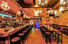 Belle Shoals - Brooklyn   In Williamsburg: Backyard Boozing from the Seamstress Folks