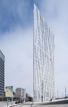 Torre Telefónica Diagonal Zero Zero. Photo EMBA. ©