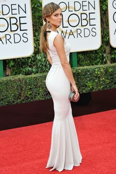 Maria Menounos booty at Golden Globes in a tight white dress