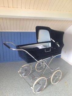 Ik heb deze kinderwagen gebruikt voor de vorm van mijn kinderwagen. Dat kun je terug zien aan de onderkant van mijn werk, ik heb aan de onderkant ook het hout gekruist.