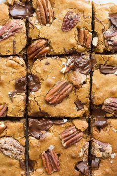 The BEST Keto and Vegan Pecan Chocolate Chip Blondies Recipe- NO eggs, NO grains. The BEST Keto and Vegan Pecan Chocolate Chip Blondies Recipe- NO eggs, NO grains and NO sugar, but you'd never tell- Soft, chewy and gooey in one! Pecan Blondies Recipe, Chocolate Chip Blondies, Keto Chocolate Chips, Chocolate Chip Recipes, Keto Dessert Easy, Healthy Dessert Recipes, Keto Desserts, Healthy Sweets, Keto Desert Recipes
