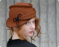 Inspired Tilt Hat in Rusty Brown- A unique hand draped felt hat for women by Green Trunk Designs This hat was made from millinery fur 1940s Fashion, Vintage Fashion, Aviator Hat, Boater Hat, Vintage Buttons, Vintage Hats, Love Hat, Felt Hat, 1940s Style
