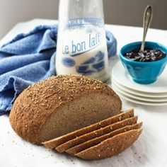 A gluten-free, vegan homemade bread recipe that DOESN'T SUCK!