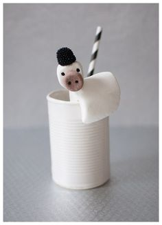 Marshmallow cow from Candy Aisle Crafts!
