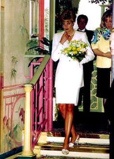 Princess Diana Fashion, Princess Diana Family, Princes Diana, Royal Princess, Princess Of Wales, Lady Diana Spencer, Most Beautiful Women, Beautiful People, Queen Of Hearts