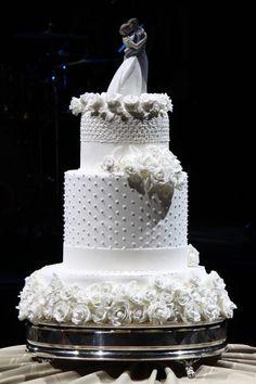 Quando fizemos a matéria com as profissionais do mercado que também já foram noivas, muitas de nossas leitoras ficaram curiosas para ver o casamento delas