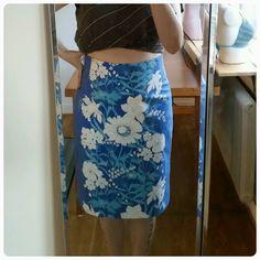 Pencil skirt made of retro/vintage fabric Vintage Diy, Pencil, Sewing, Fabric, Skirts, Pattern, Crafts, Fashion, Tejido