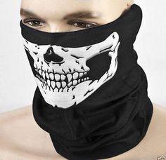 Mascara de cara y cuello Calavera. Burla al frío a3563bdeb6e