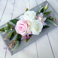 D 40, Sweet Stories, Door Wreaths, Fresh Flowers, Flower Designs, Paper Flowers, Floral Arrangements, Floral Wreath, Table Settings
