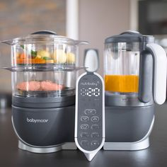 Have fun making healthy, delicious food for your little one with this Babymoov Duo Meal Station Food Processor. Baby Necessities, Baby Essentials, Bebe Love, Baby Life Hacks, Baby List, Baby Supplies, Everything Baby, Blenders, Cool Baby Stuff